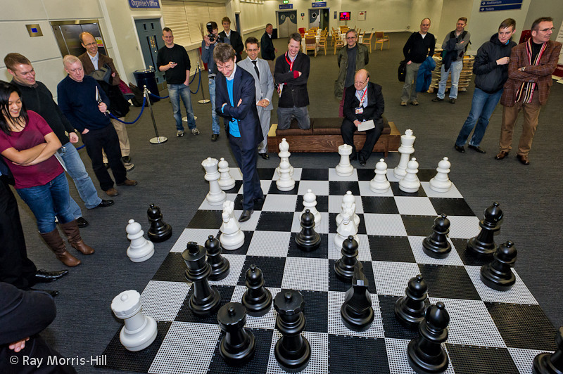 It is looking grim for the World vs the London Chess Classic Players
