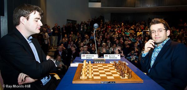 Round 7: Gawain Jones vs Levon Aronian