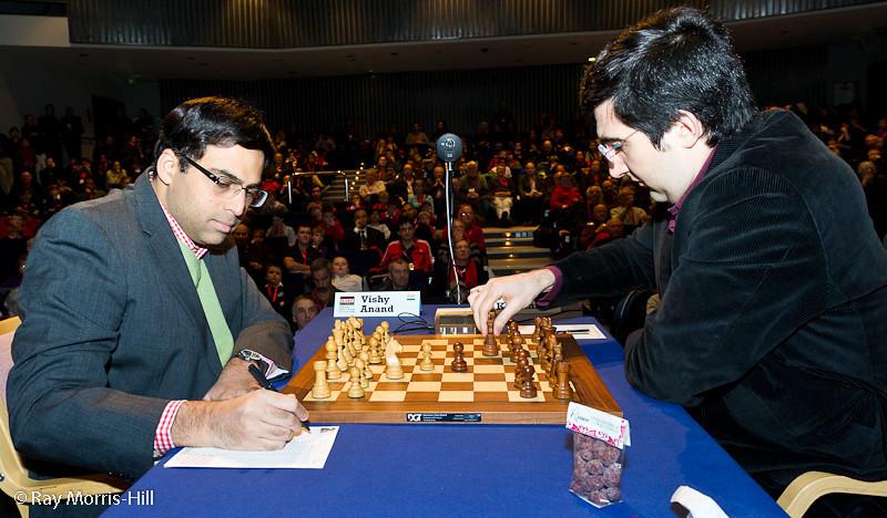 Round 4: Viswanathan Anand vs Vladimir Kramnik