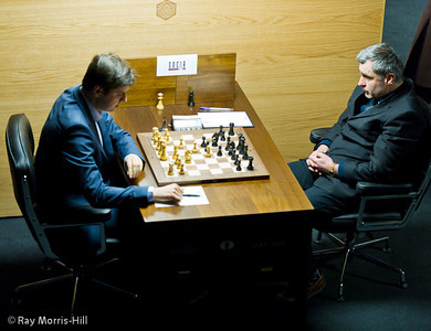 Round 13: Peter Svidler vs Vassily Ivanchuk