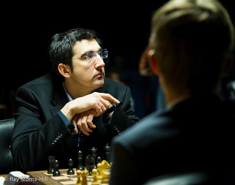 Vladimir Kramnik faced Magnus Carlsen in Round 2