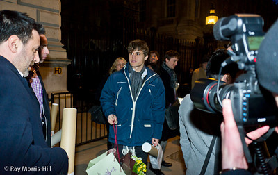 Magnus Carlsen is the centre of the media attention outside Downing Street
