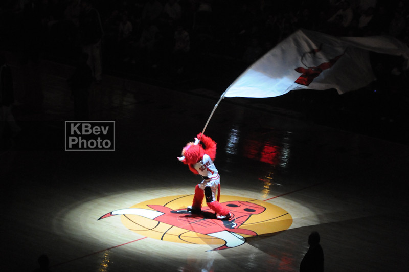 Benny the Bull getting it started