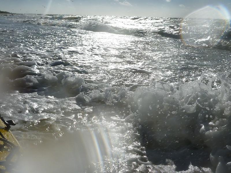 The seas pick up.