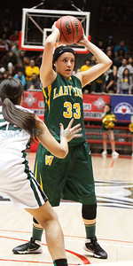Class AAA/AAAA State Girls Basketball Tournament: Roswell vs. Santa Fe High and Hope Christian vs. West Las Vegas at the Pit in Albuquerque on Tuesday, March 11, 2014.  Jane Philips/The New  Mexican
