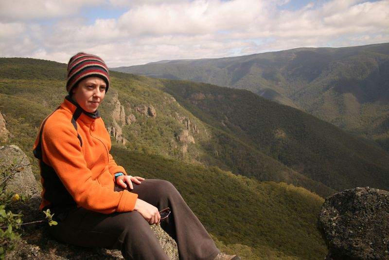 Gayle surveys the scattered choss crags of the southern end.