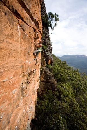 28.01.2012 - Binary Cave, Bluies