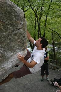 Scott on the Egg Boulder Gil Egg (Bermuda Variation)