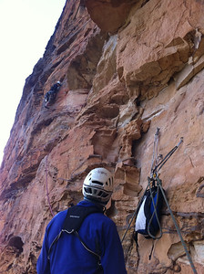 Vanessa on pitch 3. This is possibly the worst pitch. Mostly loose shale, ironstone rope cutters and mangled carrots.