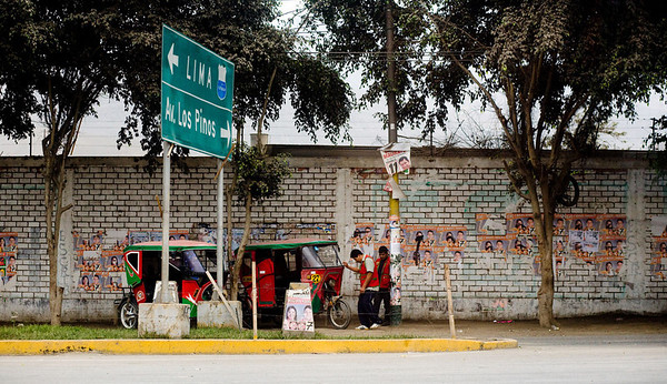 Peruvian tuk tuks in Lima