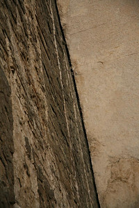 This is the famous Pratts Crack offwidth. 50m of big-bro size crack. I did not do this for obvious reasons.