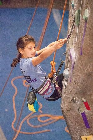 Vertex Vipers competing at 2014 NorCal Youth Climbing League