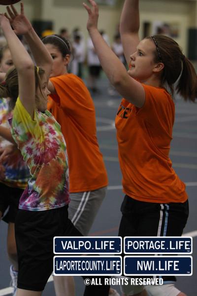 Dollars for Scholars Girls 3 on 3 B-Ball Images (22)