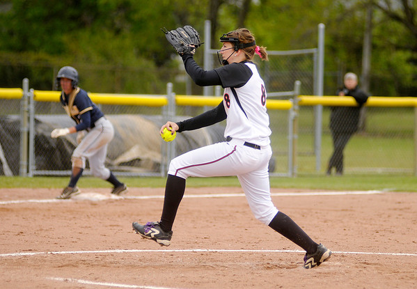 Monica Crowe pitches for the Ravens.