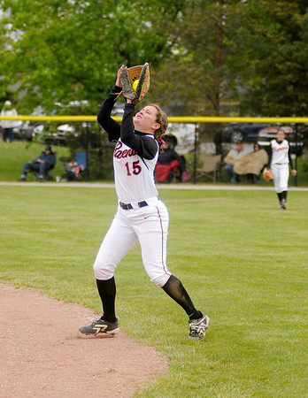 Amy Wuestefeld catches a fly ball.