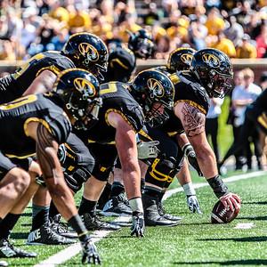 MFB 2015:  University of Missouri Tigers vs University of Connecticut Huskies