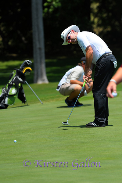 Rory Sabbatini with another putt.