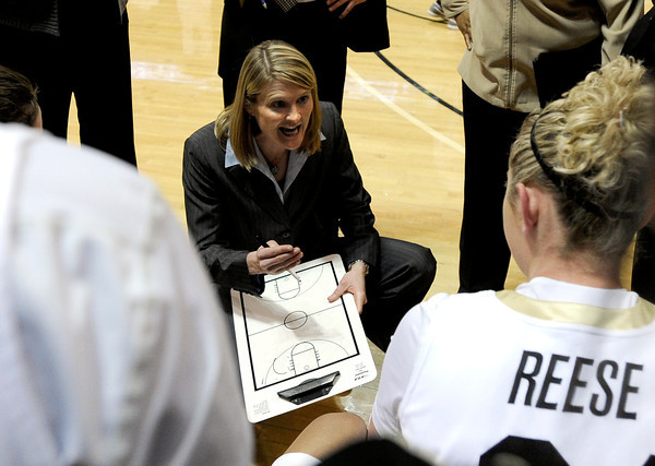 """University of Colorado Head Coach Linda Lappe talks with the Buffs during a time-out in a basketball game against the University of California on Thursday, Jan. 12, at the Coors Event Center on the CU campus in Boulder. California won the game 68-55. For more photos of the game go to  <a href=""""http://www.dailycamera.com"""">http://www.dailycamera.com</a><br /> Jeremy Papasso/ Camera"""