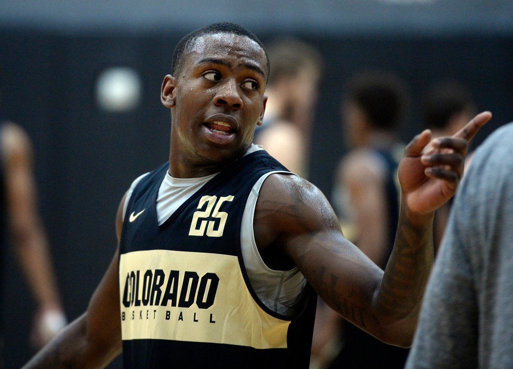 . BOULDER, CO: University of Colorado\'s   McKinley Wright IV warms up during the first practice for the CU men\'s team on October 2, 2018. ((Photo by Cliff Grassmick/Staff Photographer)
