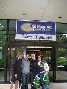 "T2B team photo in front of hotel - (aka ""holy crap, we're going to do a triathlon tomorrow!"")"