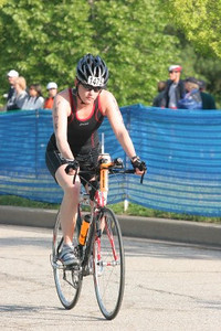 Aimee finishing bike leg