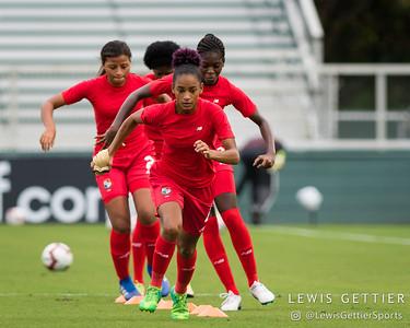 Panama midfielder Katherine Castillo Macias (4)