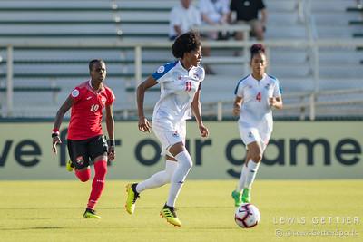 Panama forward Natalia Mills (11)