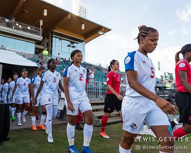 ?p3\ and Panama defender Hilary Jaen (2)