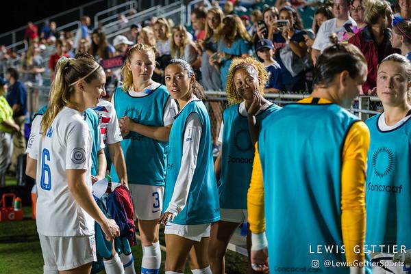 United States midfielder Morgan Brian (6), United States midfielder Samantha Mewis (3), United States forward Christen Press (20), and United States defender Casey Short (14)