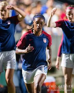 United States defender Crystal Dunn (19)