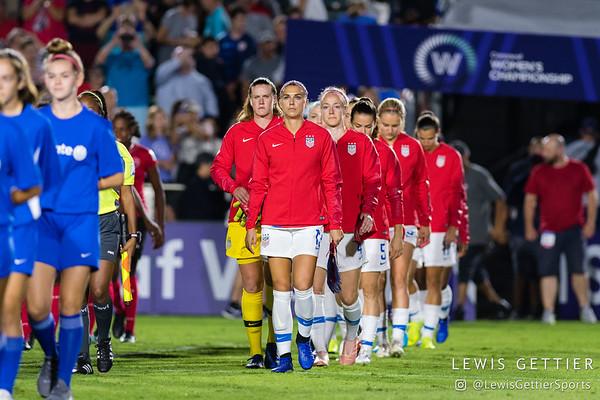 United States forward Alex Morgan (13), United States goalkeeper Alyssa Naeher (1), and United States defender Becky Sauerbrunn (4)