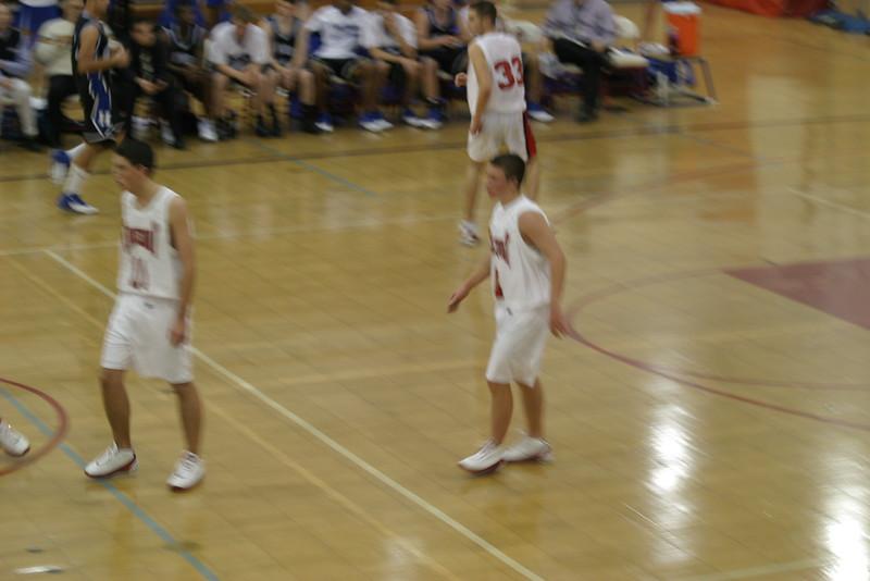 20031210 Hoops vs Hauppauge 110