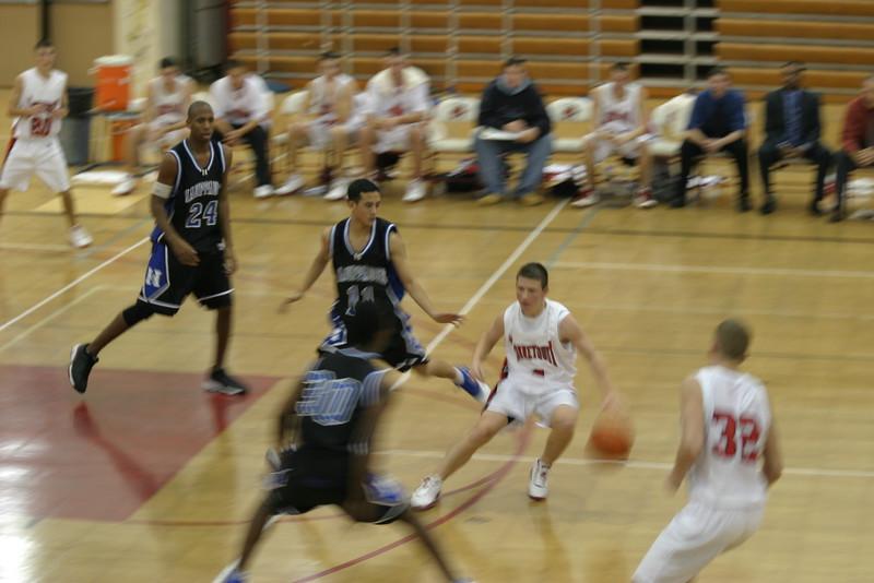 20031210 Hoops vs Hauppauge 077