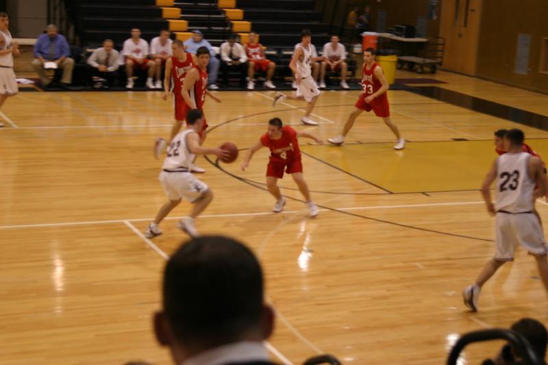 20031218 Hoops vs  Kings Park 009