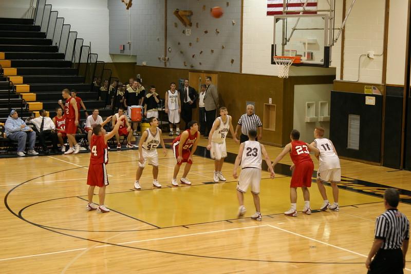 20031218 Hoops vs  Kings Park 037