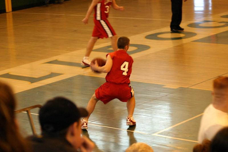 20031227 Hoops vs  Lindenhurst 041-1