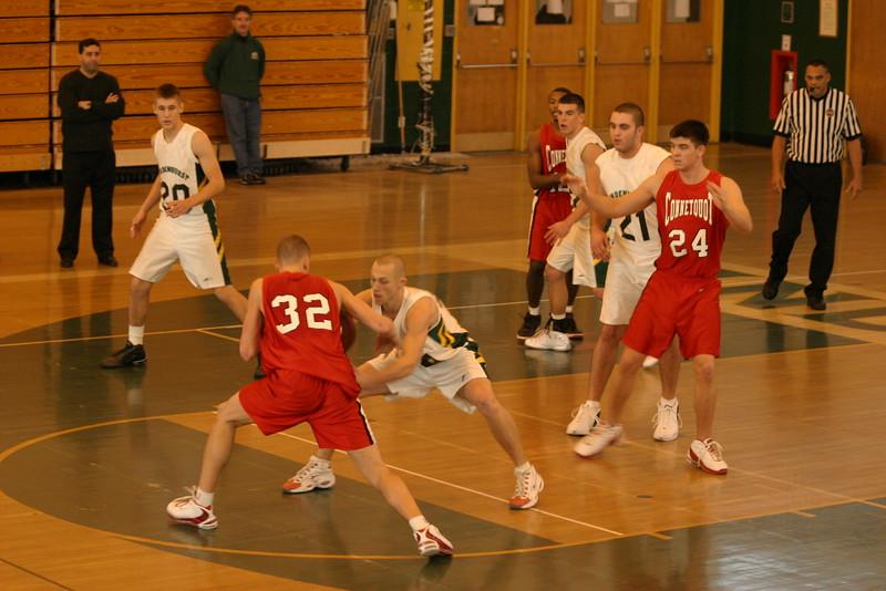 20031227 Hoops vs  Lindenhurst 009
