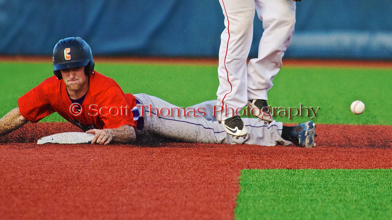 Cortland Crush Alex Loberger (21) stealing Second Base against the Syracuse Salt Cats in Syracuse, New York on Monday, June 29, 2015. Cortland won 4-1.
