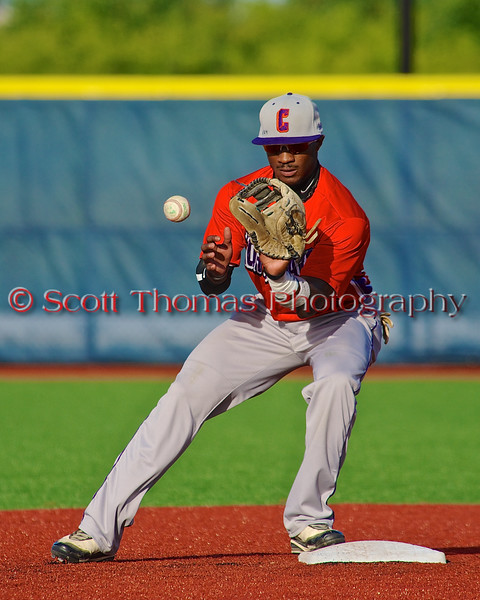 Cortland Crush Terrell Barringer (23) warming up before playing the Syracuse Salt Cats in Syracuse, New York on Monday, June 29, 2015.