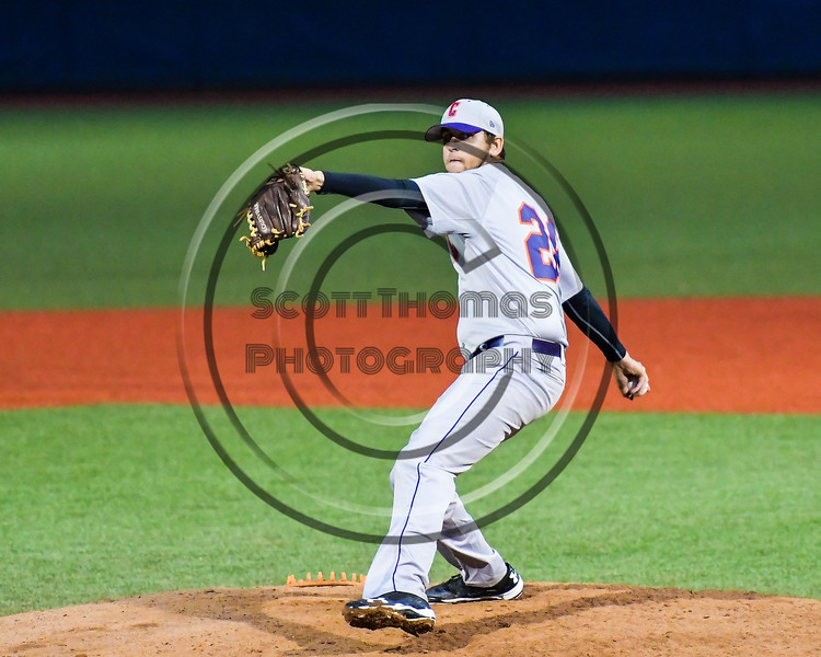 Cortland Crush Jacob Williamson (28) pitching against the Syracuse Salt Cats at OCC Turf Field in Syracuse, New York on Monday, June 5, 2017.