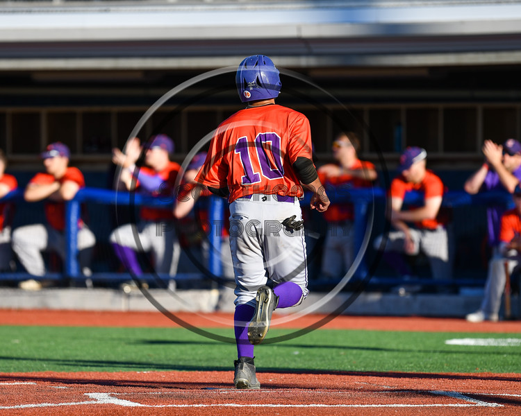 Cortland Crush Nelson Laviosa (10) scores a run against the Syracuse Salt Cats at OCC Turf Field in Syracuse, New York on Thursday, June 21, 2018. Syracuse won 6-2.