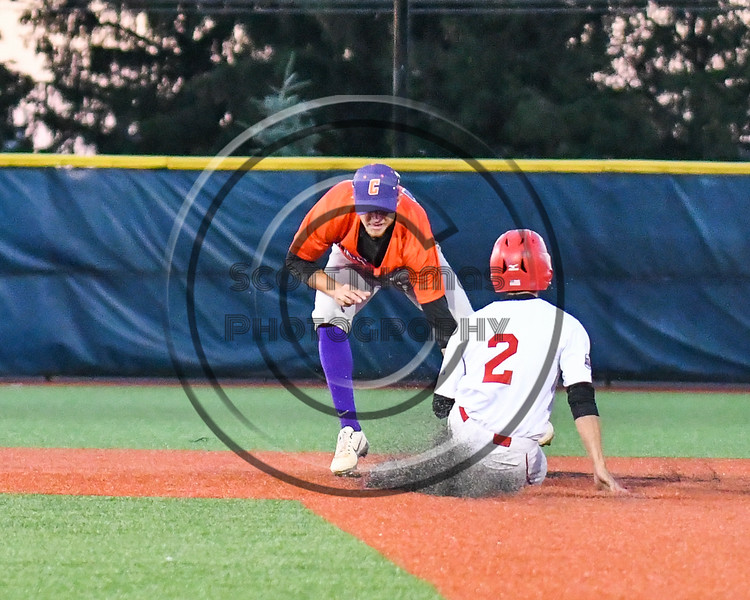 Cortland Crush Jimmy Tatum (17) tags out Syracuse Salt Cats Michael DeFusco (2) at 2nd Base at OCC Turf Field in Syracuse, New York on Thursday, June 21, 2018. Syracuse won 6-2.