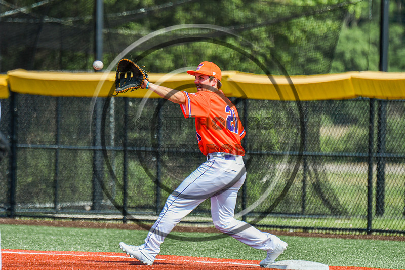 Cortland Crush Tyler Beard (21) playing First Base against the Albany Athletics in New York Collegiate Baseball League action at Gutchess Lumber Sports Complex in Cortland, New York on Sunday, June 6, 2021.