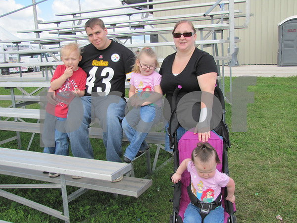 Harley, Bill, Jacilyn, Heidi, and Paityn (stroller) Miller enjoyed an afternoon of watching the skydivers.