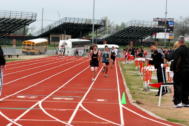 track s08 016