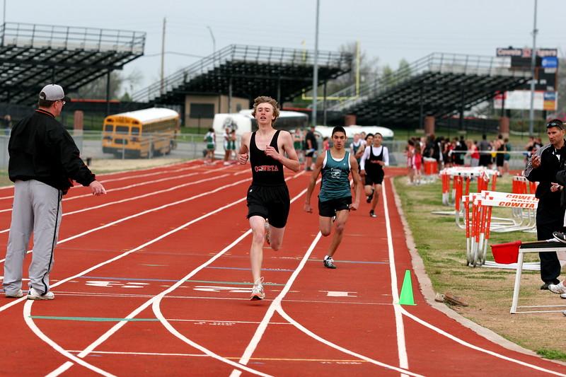 track s08 018