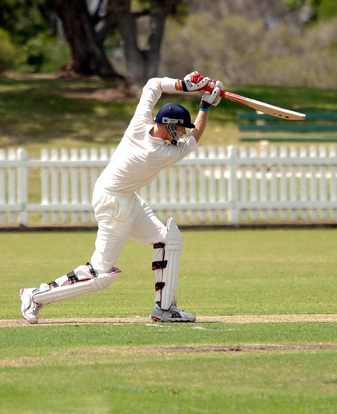 Style like this must be rewarded! Greg Mail starting the day towards his double century.
