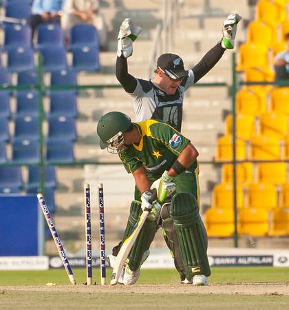 Cricket - Pakistan vs New Zealand - 1st ODI, Abu Dhabi, 3/11/09