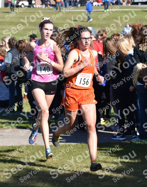 -Messenger photo by Britt Kudla<br /> Mary Blanchard of Grinnell compete during girls 3A State XC on Saturday at Lakeside