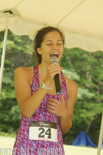 IMG4_44835 Lilah singing dpp